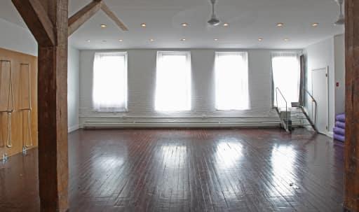 Urban Sanctuary Studio Space in Williamsburg, Brooklyn, NY | Peerspace