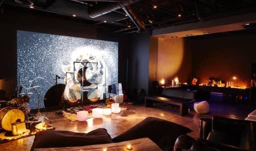 Contemporary Loft Space in Hollywood in Central LA, Los Angeles, CA | Peerspace