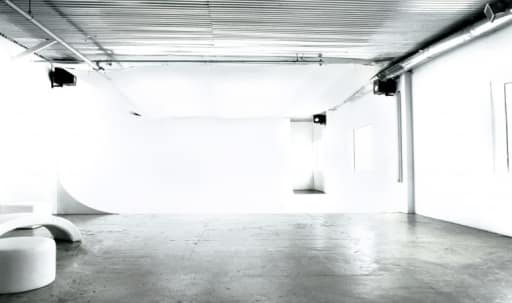 Photography Studio - Stage 1 in Fairfax, Los Angeles, CA | Peerspace