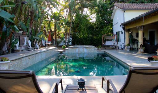 French Style Mansion in Sherman Oaks, Sherman Oaks, CA | Peerspace