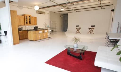 Union Square / Fifth Avenue Loft Space in Greenwich Village, New York, NY | Peerspace