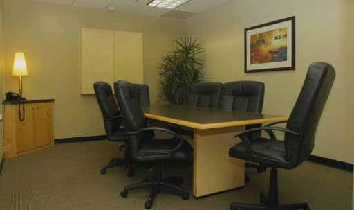 Medium Conference Room in Culver City in Fox Hills, Culver City, CA | Peerspace