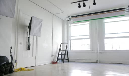 Fully Equipped Photo & Film Studio in Central LA, Los Angeles, CA | Peerspace