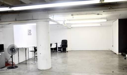 Huge Artist 6000 Sq Ft Warehouse in Central LA, Los Angeles, CA | Peerspace