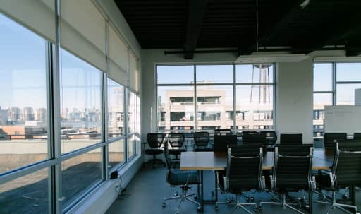 Penthouse Meeting Room with Roof Access and Stunning City Views in Greenpoint, brooklyn, NY | Peerspace