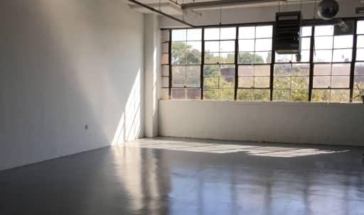 Large Open Loft Studio with Great Light in Bushwick in Ridgewood, Ridgewood, NY | Peerspace