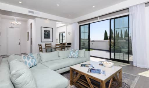 Stunning Beverly Hills Penthouse With Large Rooftop in undefined, Beverly Hillz, CA | Peerspace