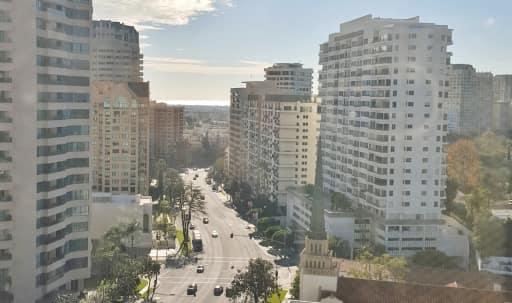 Create and Meet on top of the world ! Condo w/ Ocean Views in Westwood, Los Angeles, CA | Peerspace