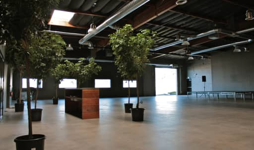 West Side Production Space in Stunning Creative Warehouse in Blanco - Culver Crest, Culver City, CA | Peerspace