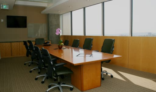 Large Conference Room in Beverly Hills in undefined, Beverly Hills, CA | Peerspace