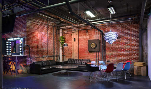 Hollywood Industrial Modern Studio with Cyc in Central LA, Los Angeles, CA | Peerspace