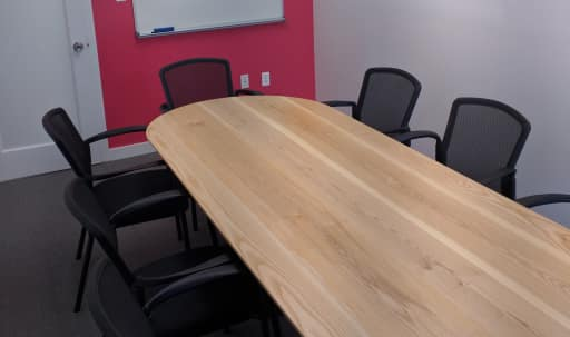 10 Person Private Conference/Classroom-style Room by Penn Station & Herald Square in Midtown, New York, NY | Peerspace
