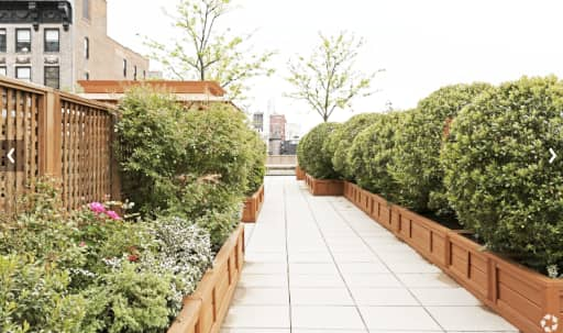 Huge Landscaped Chelsea Rooftop with Private Roof Cabanas and Garden and Skyline Views in Flatiron District, New York, NY | Peerspace