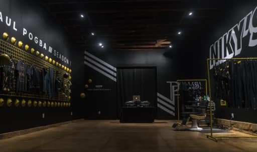 Beautiful Pop Up Gallery Available For Hire in Central LA, Los Angeles, CA | Peerspace