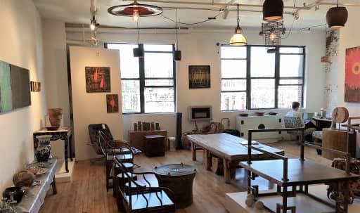 DUMBO / Brooklyn / Urban, Historic, Landmark, Industrial / Residential Area. in Dumbo, Brooklyn, NY   Peerspace