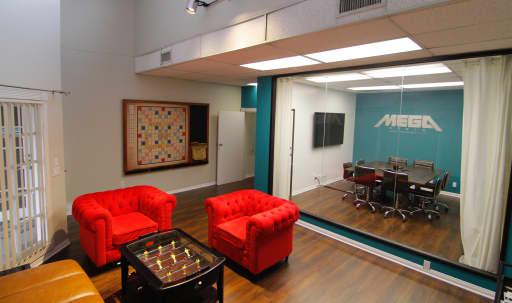 Creative Office Space in Toluca Lake in Central LA, Toluca Lake, CA | Peerspace