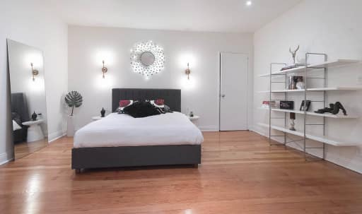 Hip & Stunning Studio in the heart of Silverlake w/ Views of the Observatory and Griffith Park in Silver Lake, Los Angeles, CA   Peerspace
