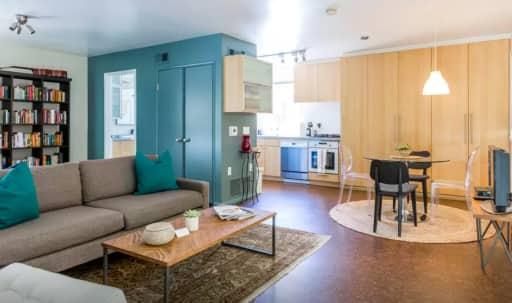 Midcentury Studio Guesthouse in Silverlake in Silver Lake, Los Angeles, CA | Peerspace