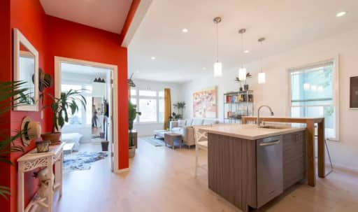 Vibrant Modern Mission Dolores Apartment in Mission District, San Francisco, CA | Peerspace