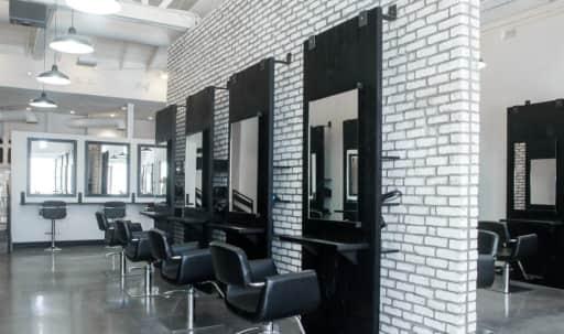 Modern Industrial Salon | High Ceilings | Great Lighting in Melrose, West Hollywood, CA | Peerspace