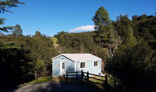 Meeting/Craft Room in quiet Topanga mountains in Sylvia Park, Topanga, CA | Peerspace
