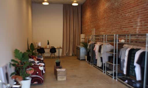 Store Front Hollywood Studio Space in Central LA, LOS ANGELES, CA | Peerspace