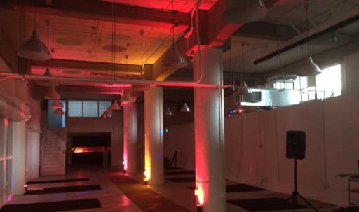 Versatile Industrial Space in SOMA: 17ft high ceilings, 3,000 sqft, near South Park in Downtown Oakland, San Francisco, CA | Peerspace