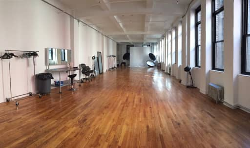 Large Airy Studio in the Heart of New York's Fashion District in Midtown, New York, NY | Peerspace