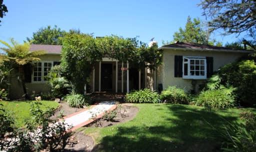 1960's LA Pool House in Studio City, Sherman Oaks, CA | Peerspace