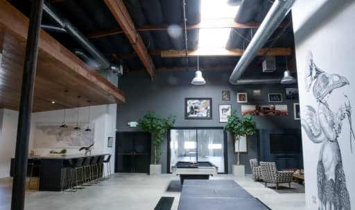 West Side Production Space in Stunning Creative Warehouse in Blanco - Culver Crest, Culver City, CA   Peerspace