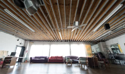Studio Space off of Melrose for Events in Fairfax, Los Angeles, CA | Peerspace
