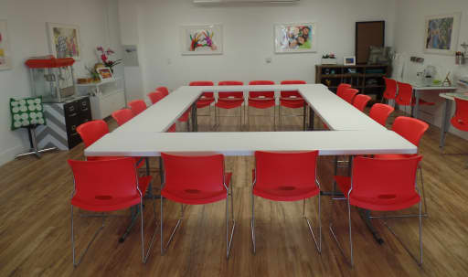 Spacious NOHO Meeting Space in NoHo Arts District, North Hollywood, CA   Peerspace