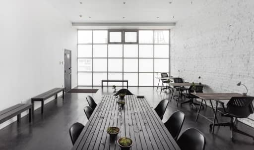 A Bright White Box: Converted Storefront in the Industrial West Fulton Market in Near West Side, Chicago, IL | Peerspace
