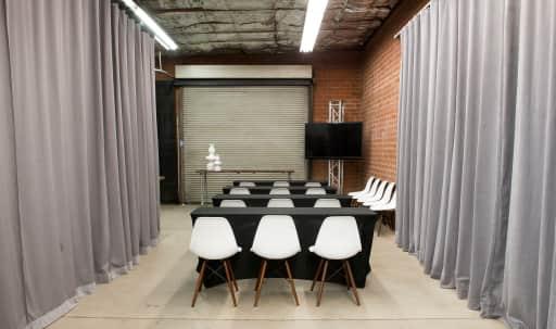 Industrial Modern Classroom Workshop Space in Pacific - Edison, Pacific-Edison, Glendale, CA | Peerspace