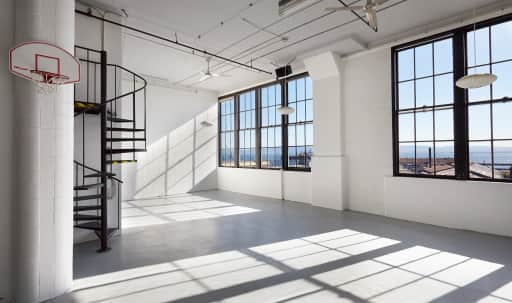 Spacious Offsite Location in Photo Studio in Potrero Hill, San Francisco, CA | Peerspace