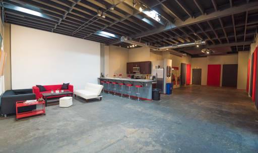 Creative Westside Studio Production Space in Palms, Los Angeles, CA | Peerspace