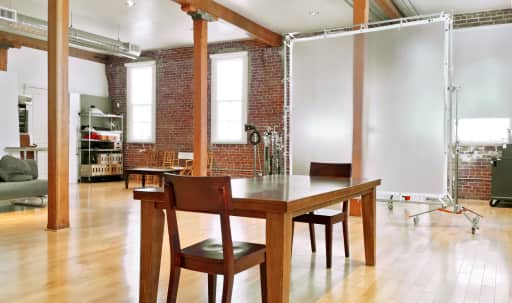 Loft Style Natural Light Studio in West Oakland, Oakland, CA | Peerspace