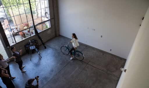 DISCOUNTED RATE! Natural Light Studio in Central LA, Los Angeles, CA   Peerspace