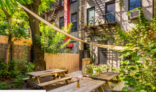 Gorgeous Private Garden in Ft. Greene! in Fort Greene, Brooklyn, NY   Peerspace