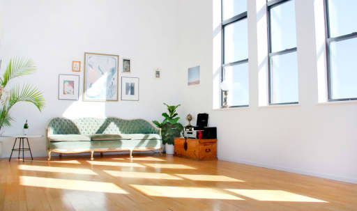 Sunny Downtown Loft with Skyline View in Lower Manhattan, New York, NY | Peerspace