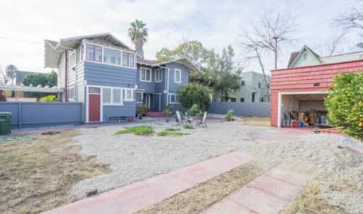 Historic Craftsman restored to Original Glory in Mid City, Los Angeles, CA | Peerspace