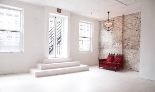 Spacious Raw Loft in Chelsea in 525 W 29th St, NEW YORK, NY | Peerspace