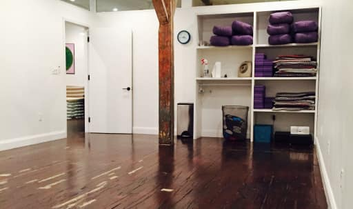 Healing Studio Space in Williamsburg, Brooklyn, NY | Peerspace