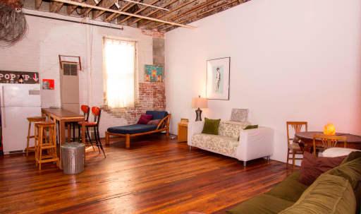 Spacious and Creative Loft in Williamsburg, Brooklyn, NY | Peerspace