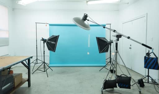 Photo Studio in Heart of Downtown (Natural Light) in Central LA, Los Angeles, CA | Peerspace