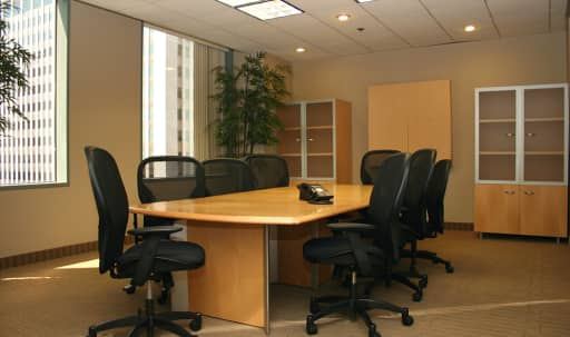 Large Conference Room off of Wilshire in Westwood, Los Angeles, CA | Peerspace