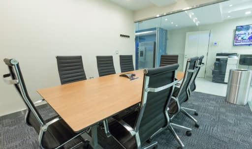 Brand New Meeting Room F for 8 in Times Square in Midtown, NEW YORK, NY | Peerspace