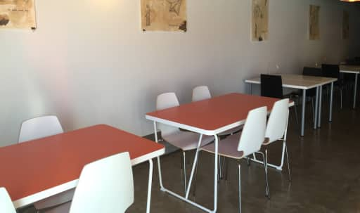 Coworking space with kids' room in South Glendale, minutes away from Burbank, Pasadena and downtown Los Angeles. in Tropico, Glendale, CA | Peerspace