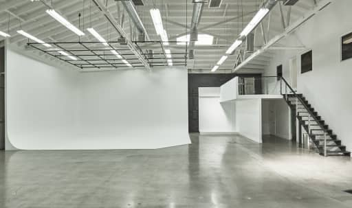 Bright Downtown Studio with Skylight and Cyc in Central LA, Los Angeles, CA   Peerspace