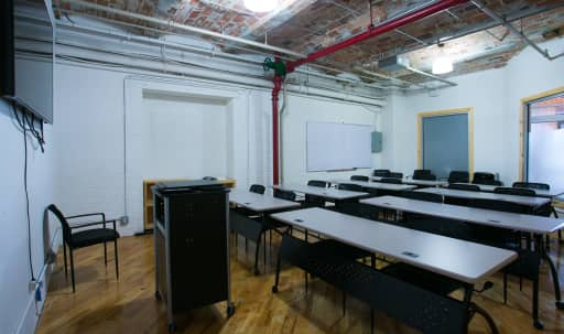 Large, Flexible Conference Room in DUMBO in Dumbo, Brooklyn, NY | Peerspace